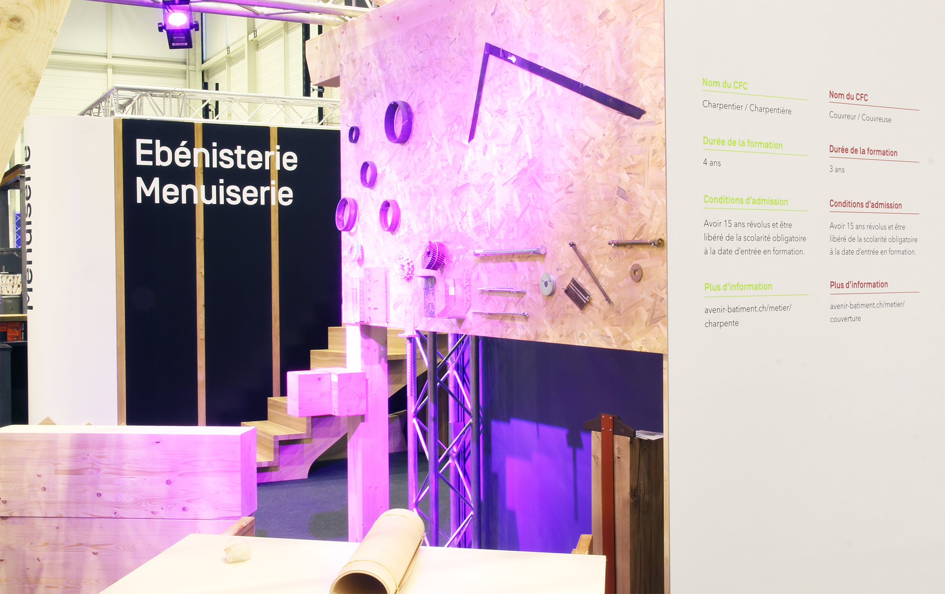 Overview of the inside of a stand displaying the new Avenir Bâtiment branding